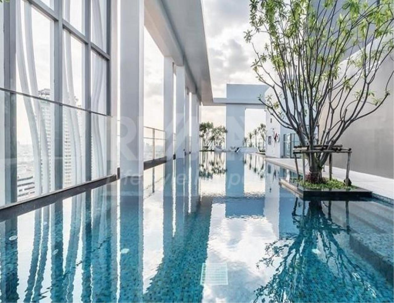 RE/MAX LifeStyle Property Agency's Rhythm Sathorn 10