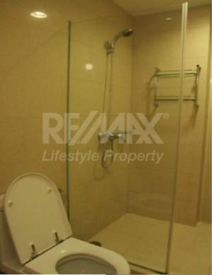 RE/MAX LifeStyle Property Agency's The Bangkok Thanon Sub 7