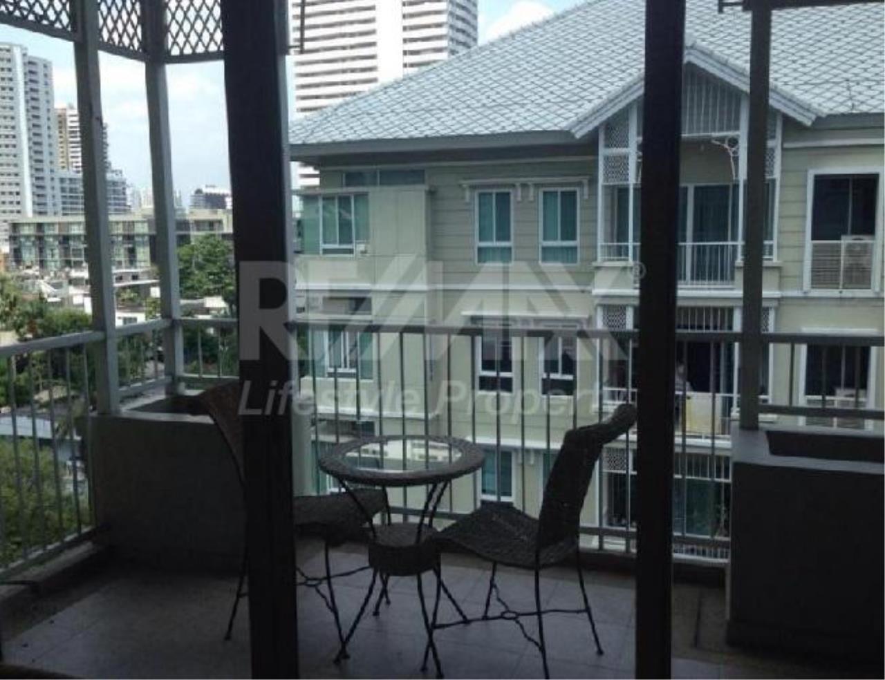 RE/MAX LifeStyle Property Agency's The Bangkok Sukhumvit 43 5