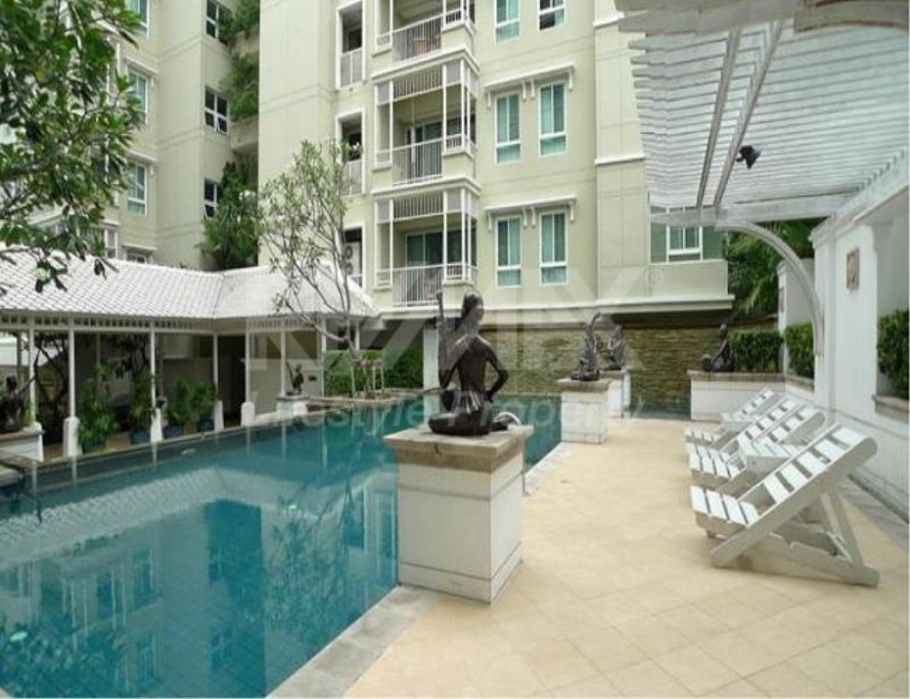 RE/MAX LifeStyle Property Agency's The Bangkok Sukhumvit 43 4