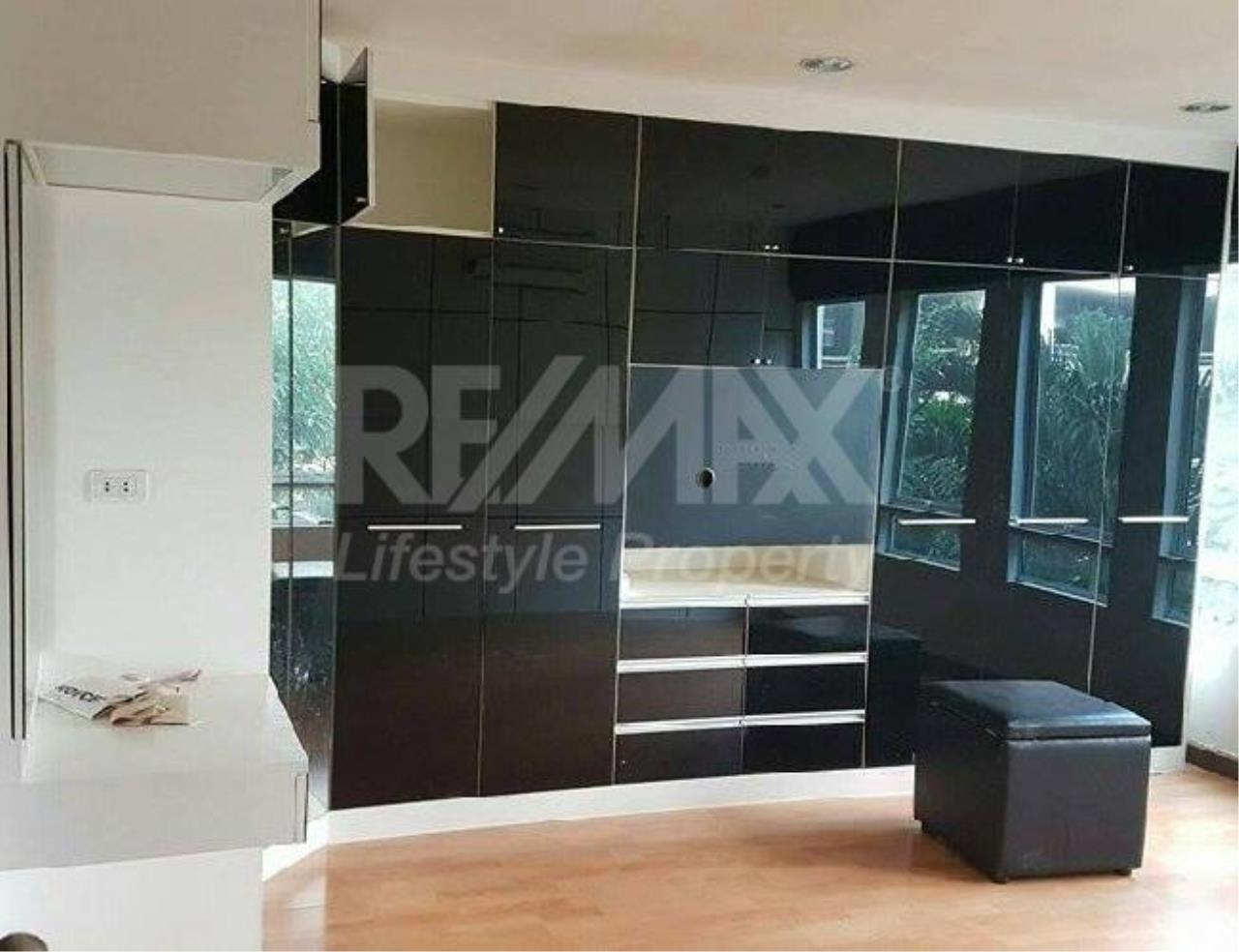 RE/MAX LifeStyle Property Agency's The Amethyst Sukhumvit 39 11