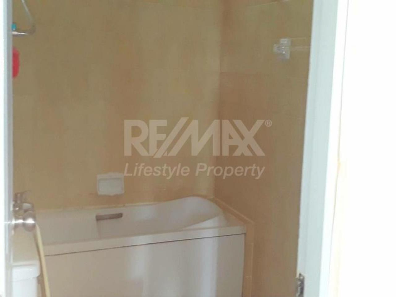 RE/MAX LifeStyle Property Agency's The Waterford Diamond 9