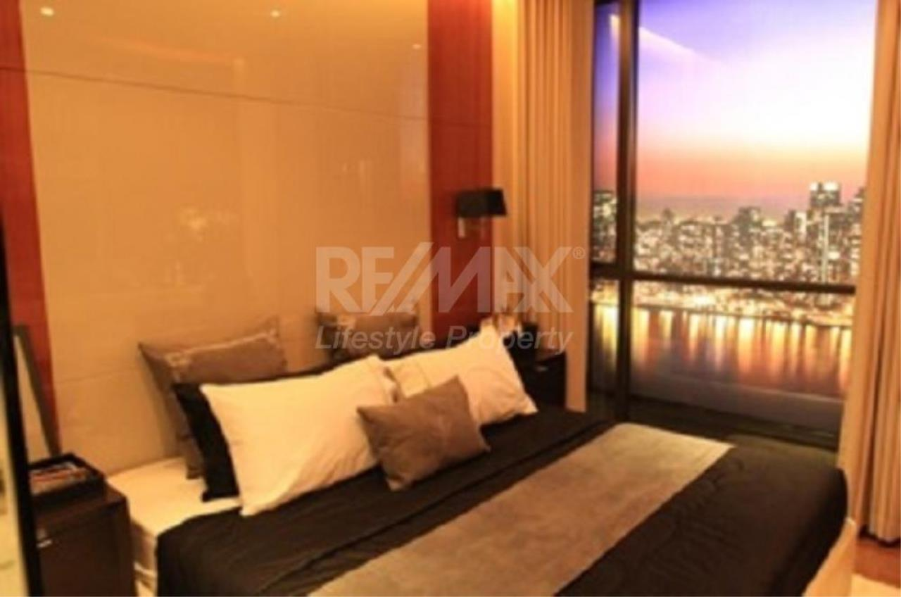 RE/MAX LifeStyle Property Agency's The Address Sukhumvit 28 5