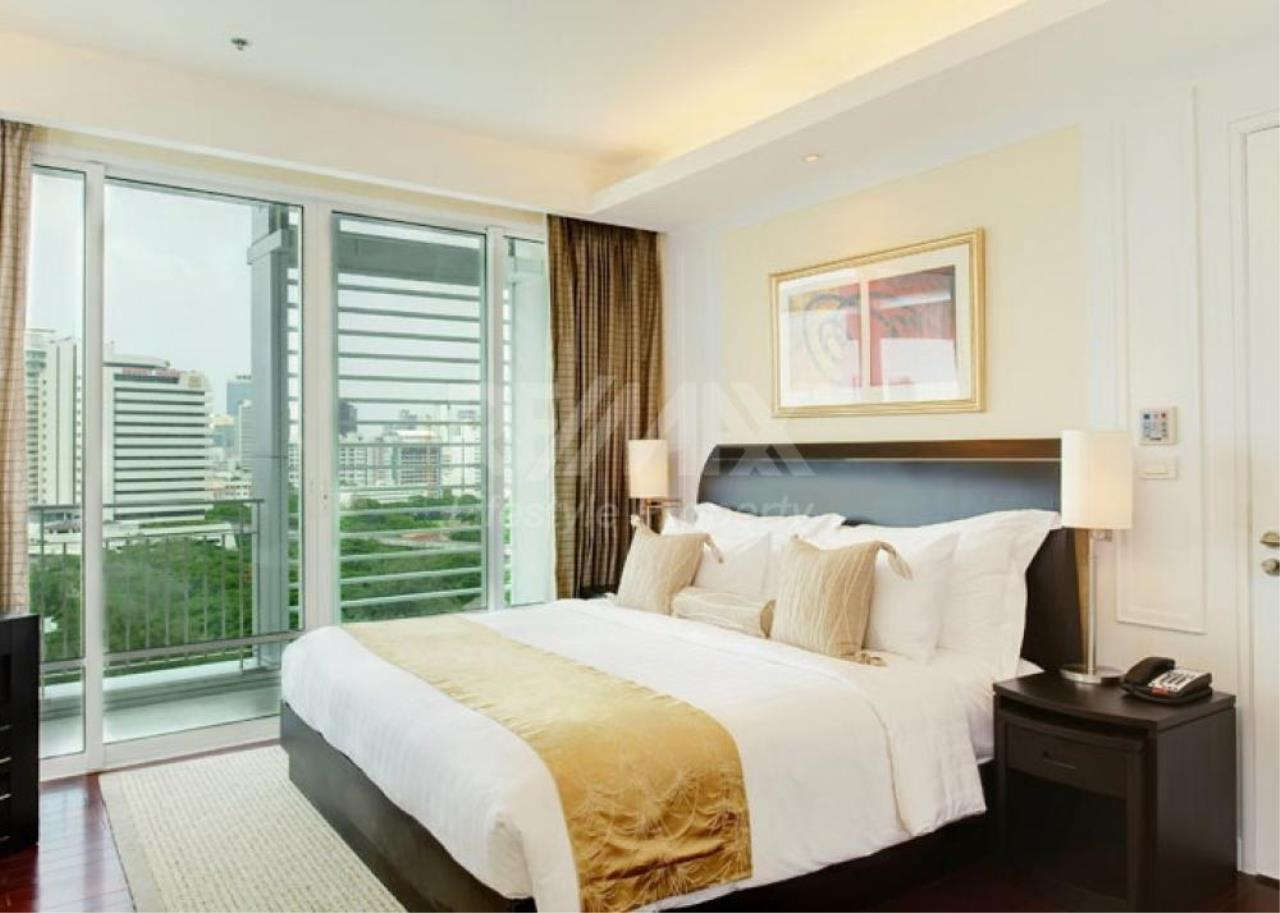RE/MAX LifeStyle Property Agency's Baan Rajaprasong Service Suites 3
