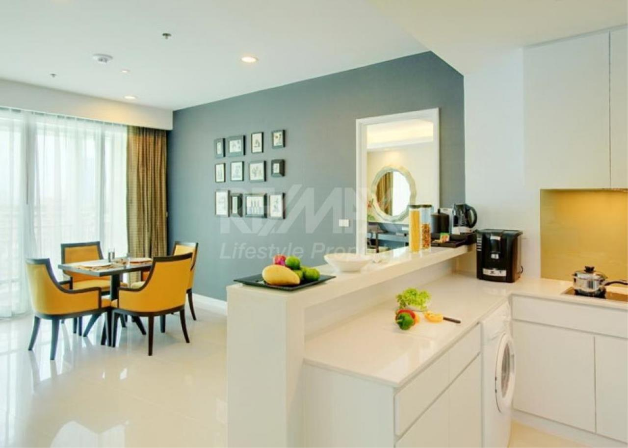RE/MAX LifeStyle Property Agency's Baan Rajaprasong Service Suites 5