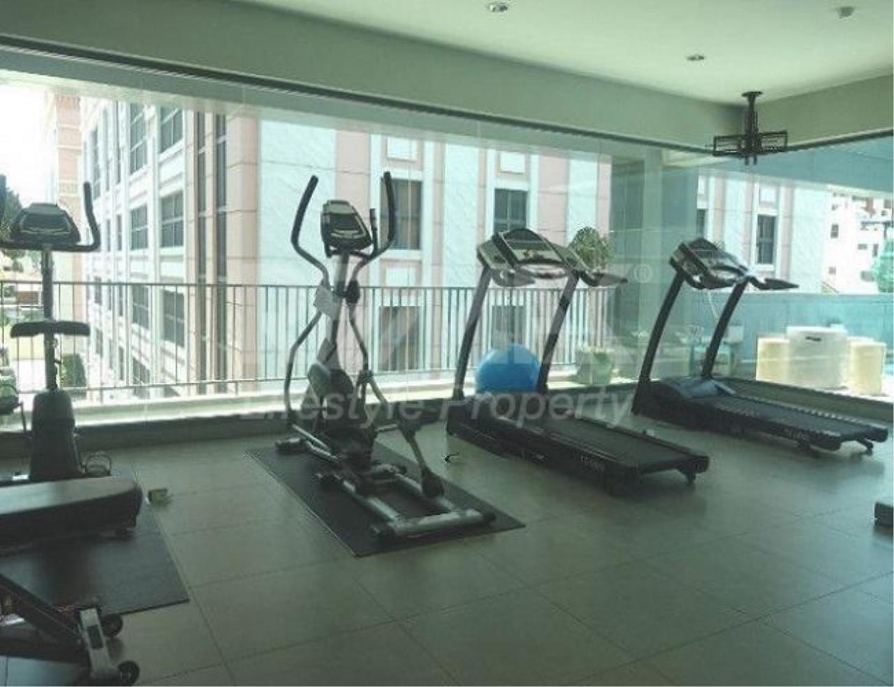 RE/MAX LifeStyle Property Agency's Apartment Phrom Phong 2