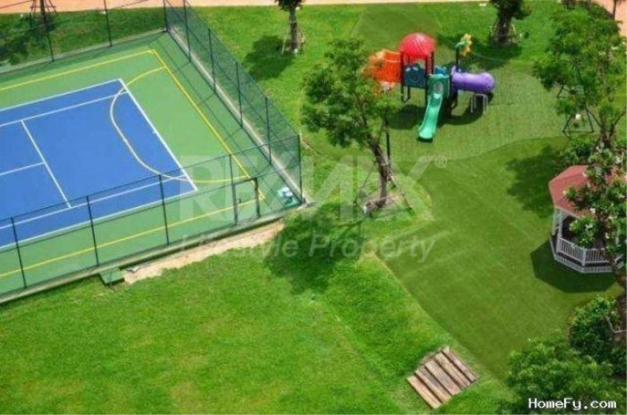 RE/MAX LifeStyle Property Agency's Vista Garden 10