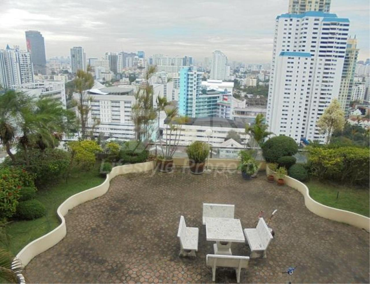 RE/MAX LifeStyle Property Agency's G.P. Grande Tower 12