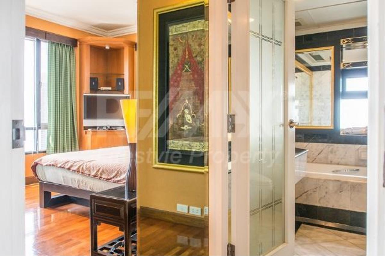 RE/MAX LifeStyle Property Agency's Baan Piya Sathorn 5