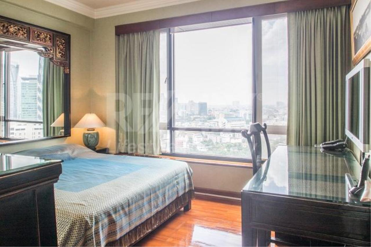 RE/MAX LifeStyle Property Agency's Baan Piya Sathorn 8