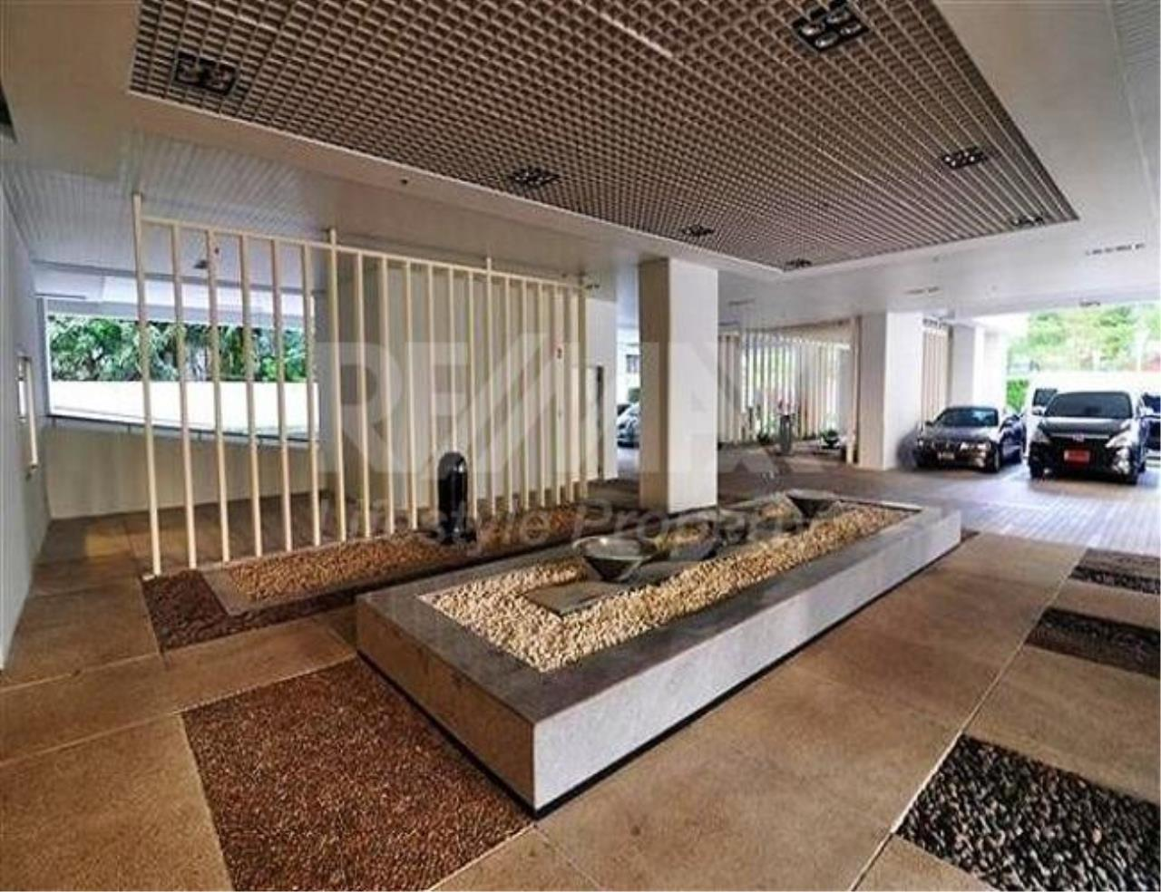RE/MAX LifeStyle Property Agency's Condo One Thonglor 3