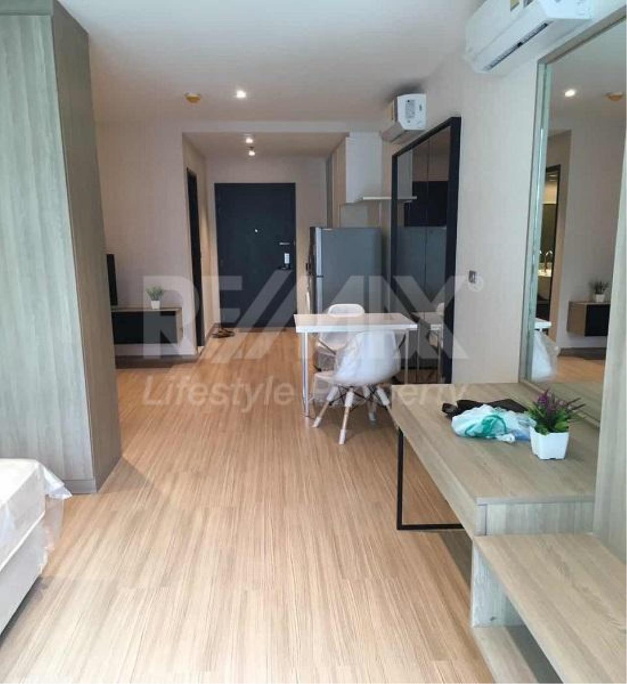 RE/MAX LifeStyle Property Agency's Sky Walk Condominium 15