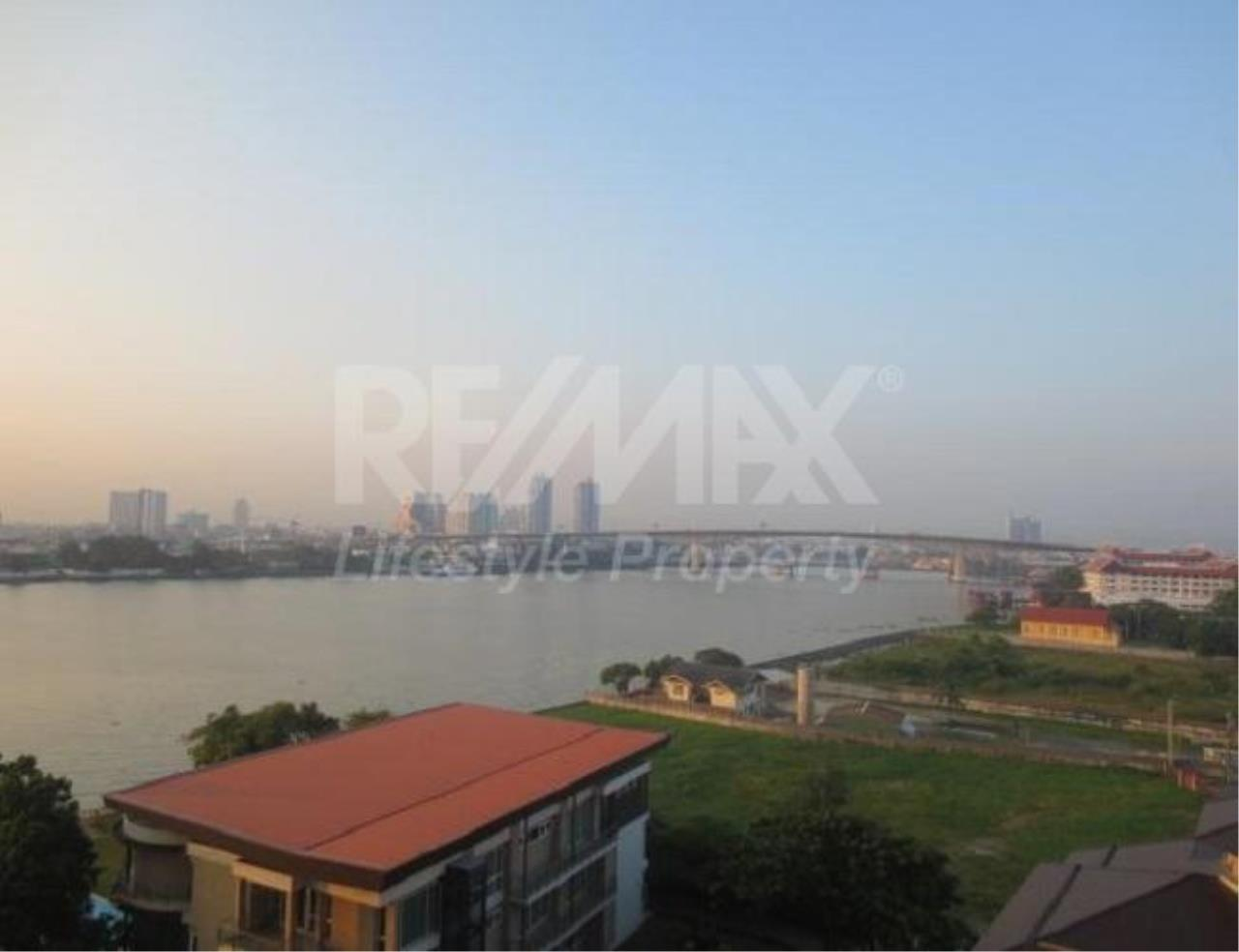 RE/MAX LifeStyle Property Agency's Supalai River Resort 9
