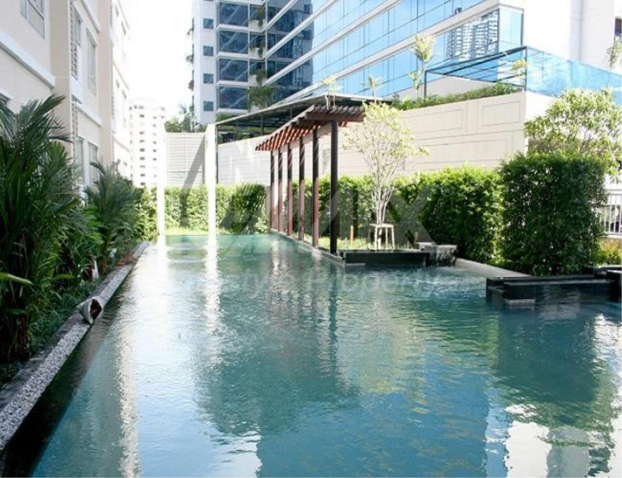 RE/MAX LifeStyle Property Agency's Condo One X Sukhumvit 26 2
