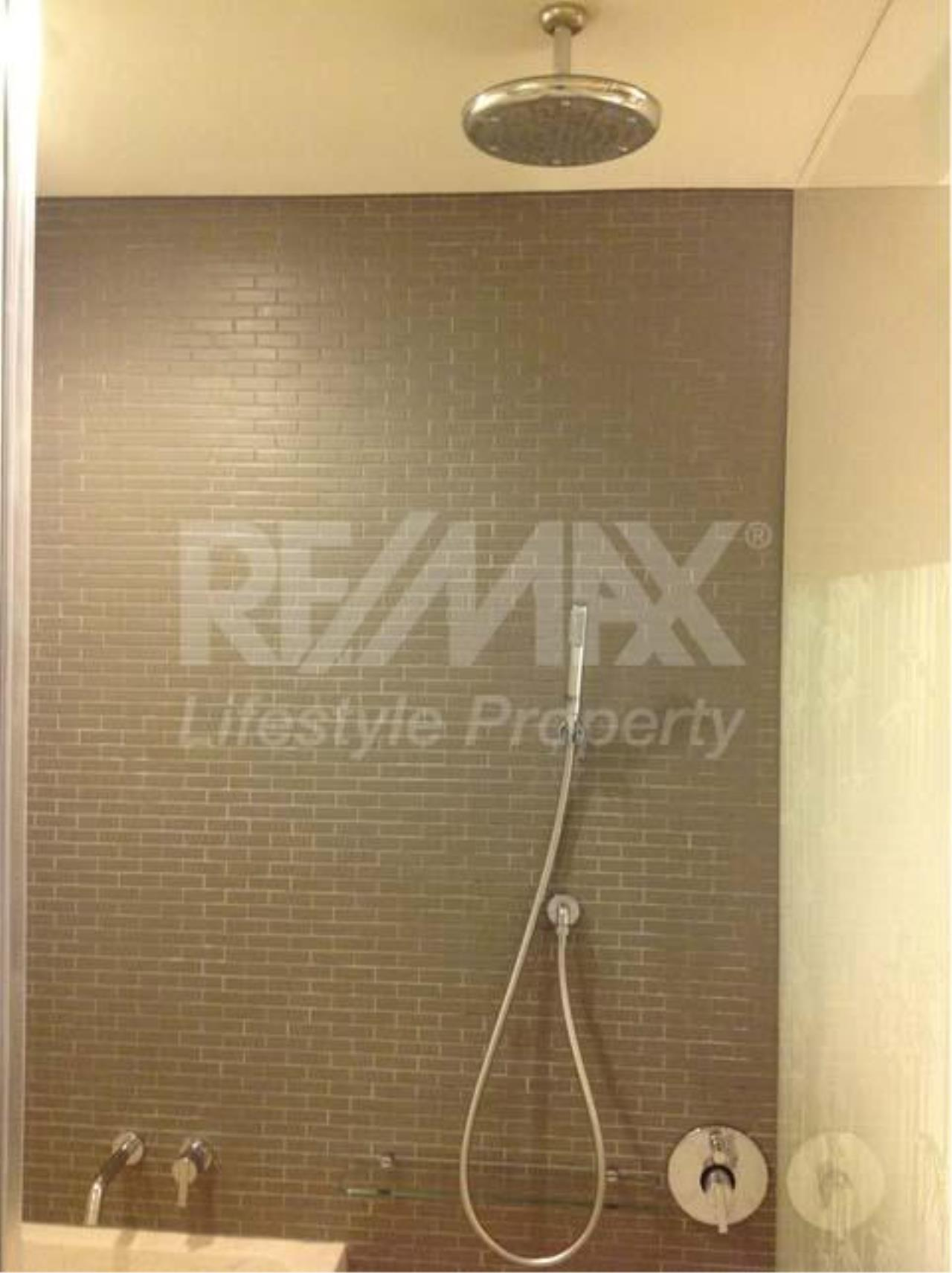RE/MAX LifeStyle Property Agency's Siamese Gioia 5