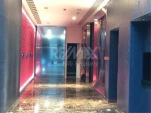 RE/MAX LifeStyle Property Agency's Edge Sukhumvit 23 12