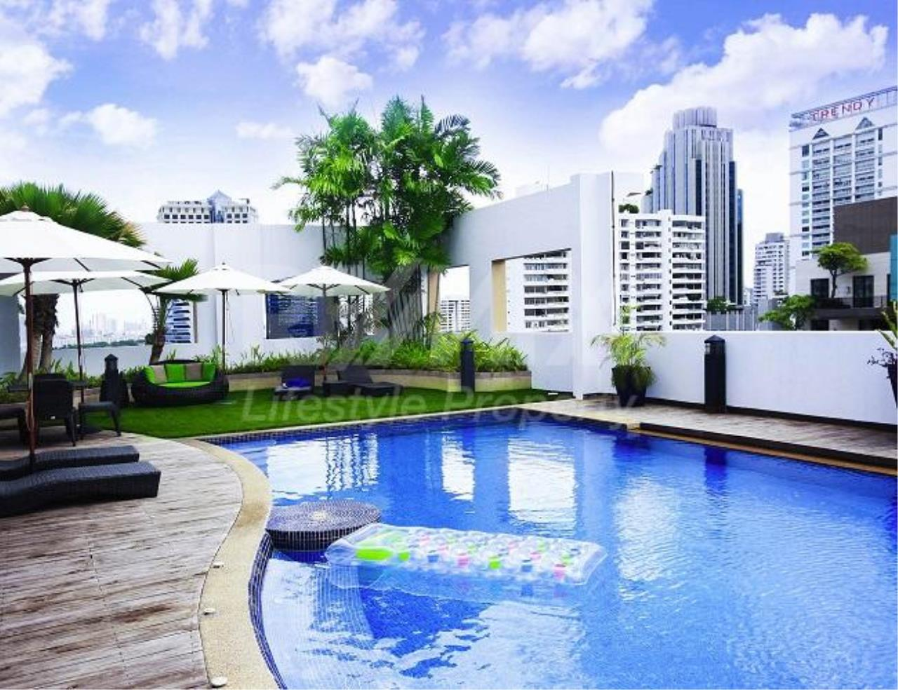 RE/MAX LifeStyle Property Agency's Grand Mercure Bangkok Asoke Residence 3