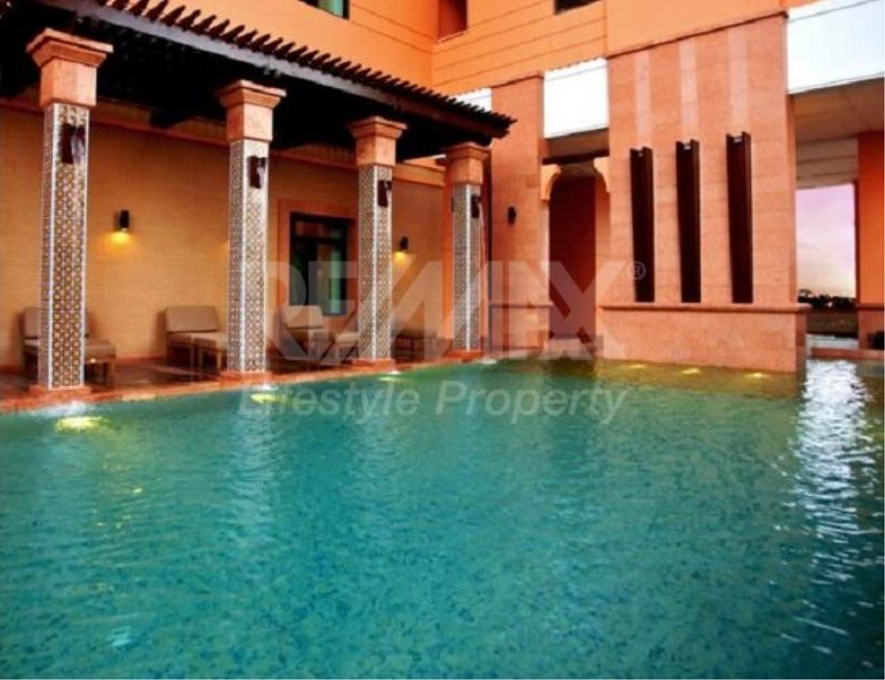 RE/MAX LifeStyle Property Agency's Aguston Sukhumvit 22 1