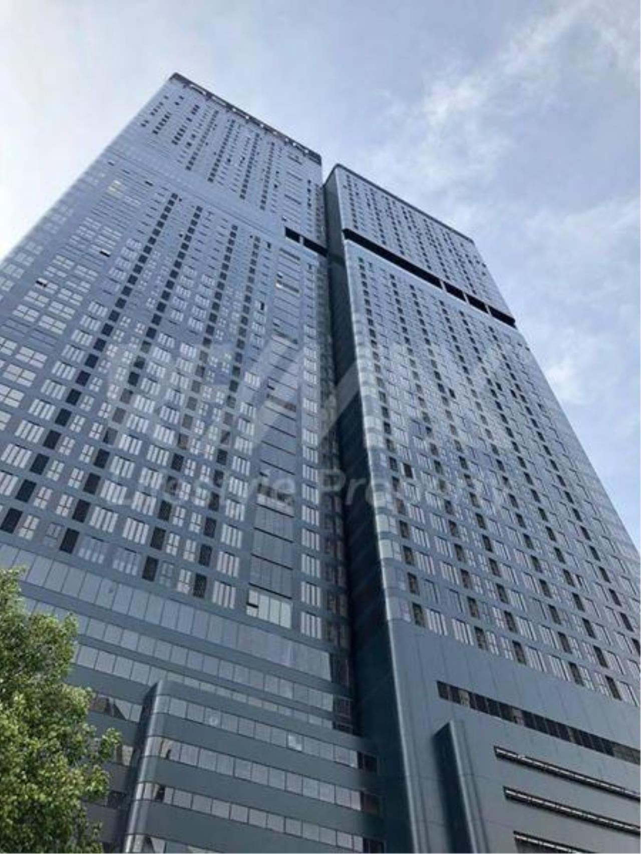 RE/MAX LifeStyle Property Agency's Ashton Asoke 6