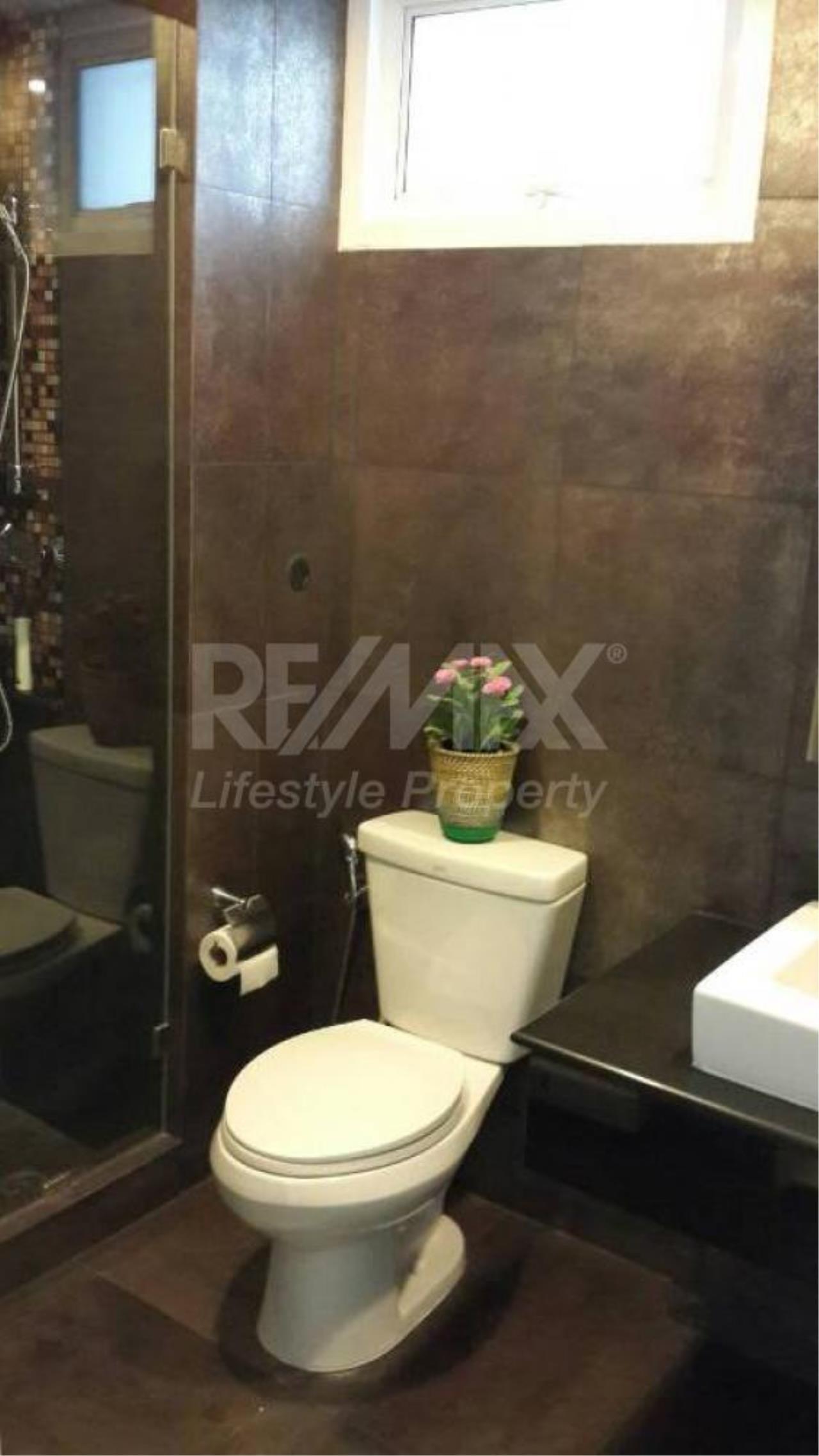 RE/MAX LifeStyle Property Agency's Voque Sukhumvit 16 8