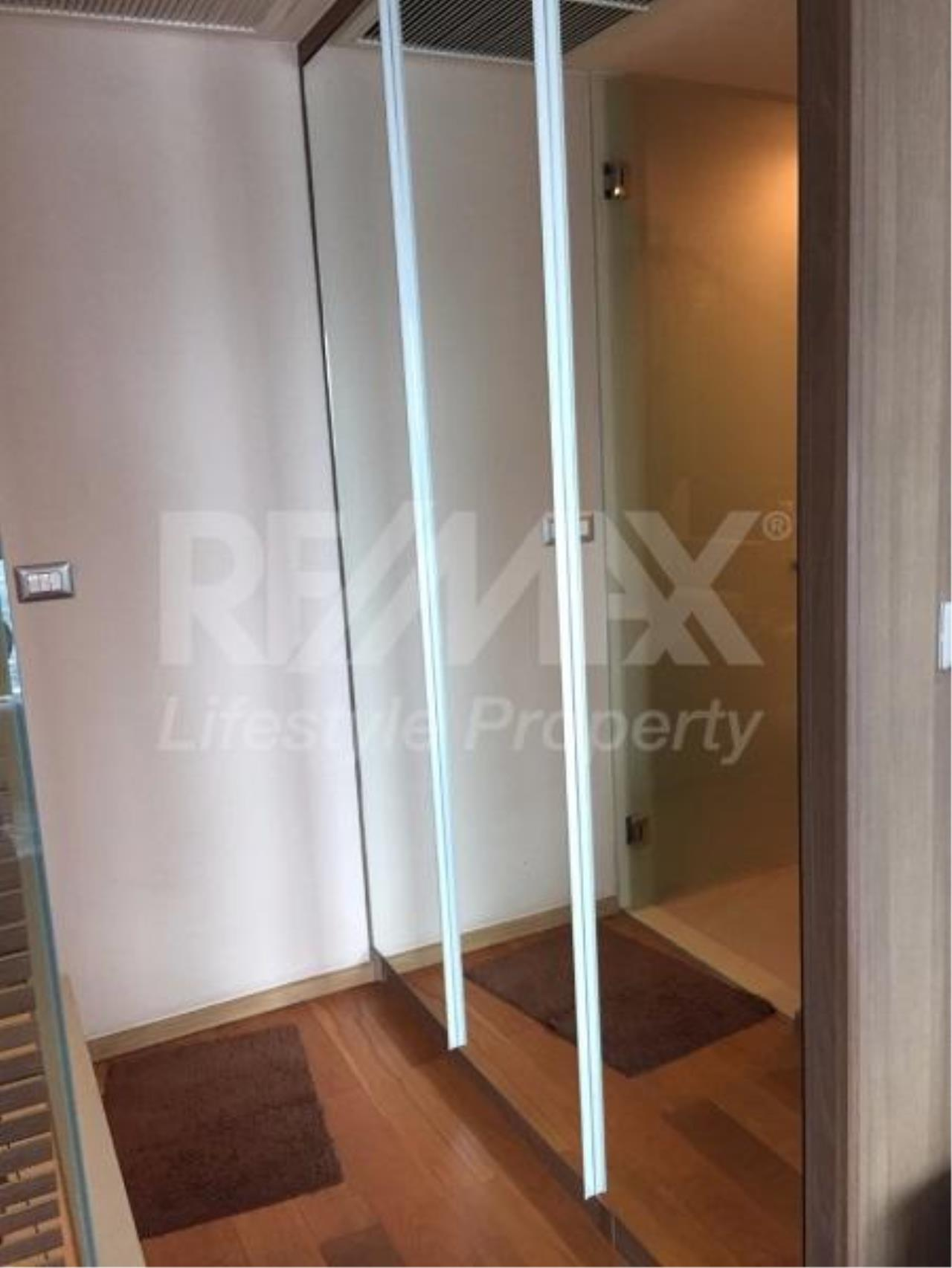 RE/MAX LifeStyle Property Agency's The Address Sathorn 9
