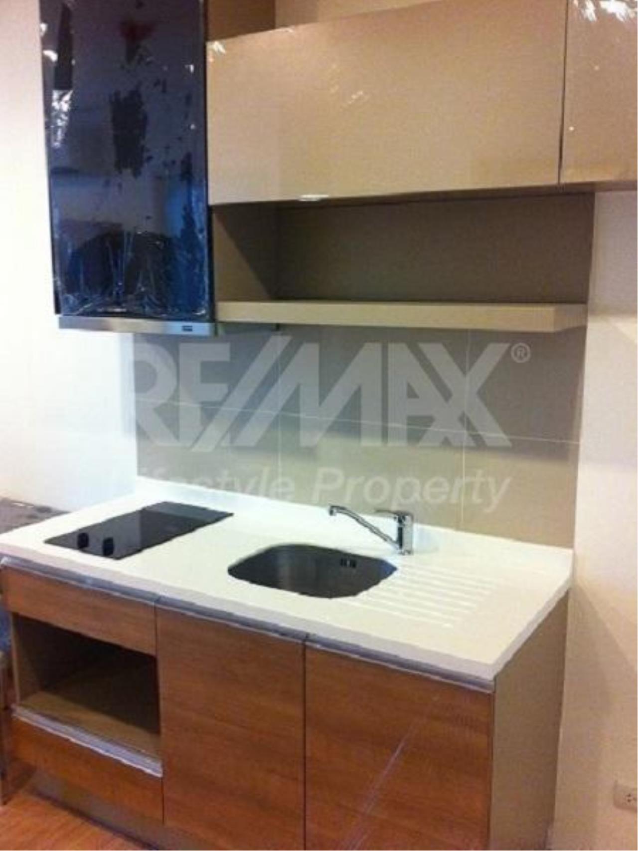 RE/MAX LifeStyle Property Agency's Rhythm Sukhumvit 4