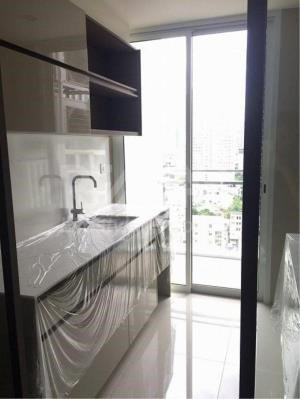 RE/MAX LifeStyle Property Agency's The room Sathorn-TanonPun 5
