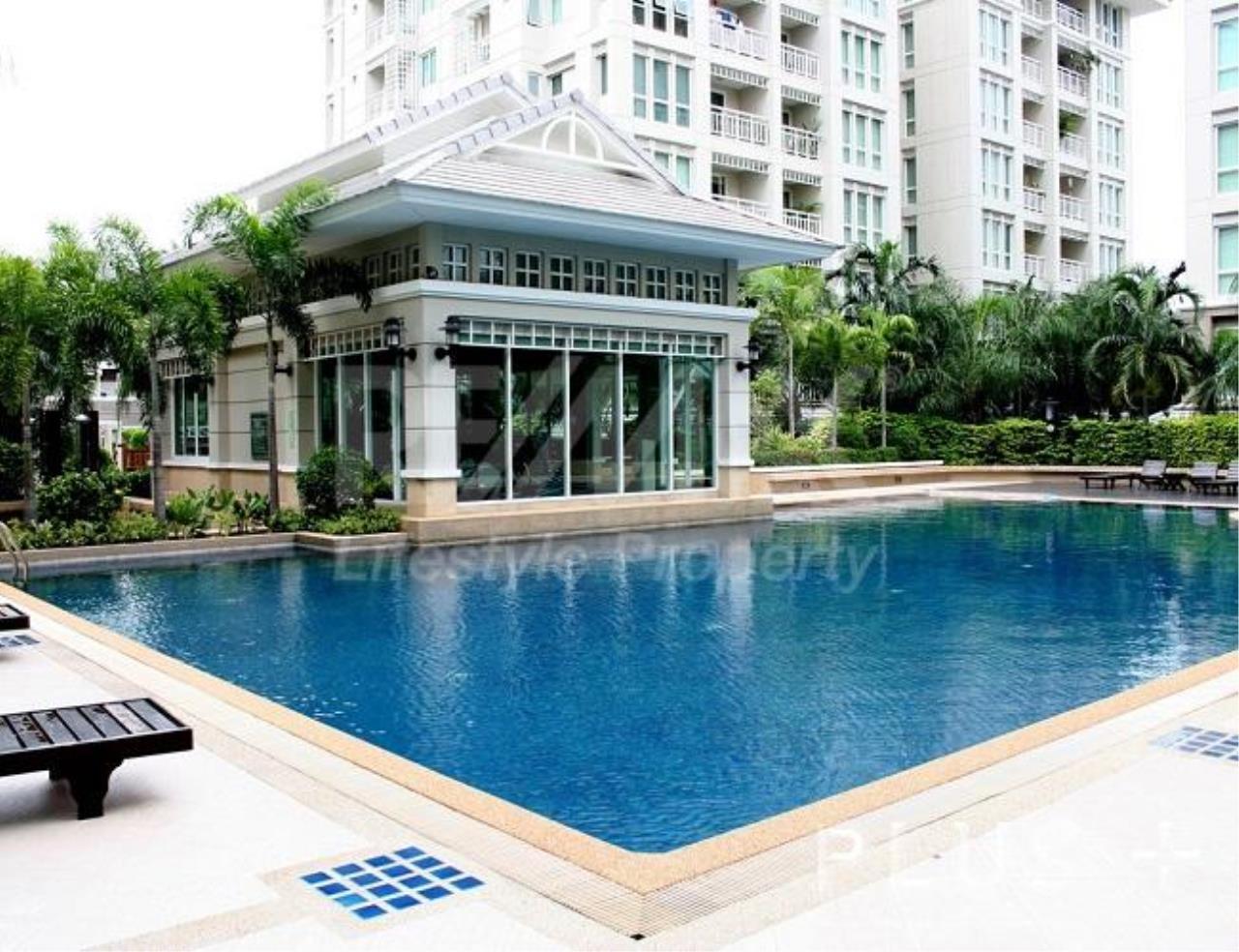 RE/MAX LifeStyle Property Agency's The Bangkok Narathiwas Ratchanakarint 3
