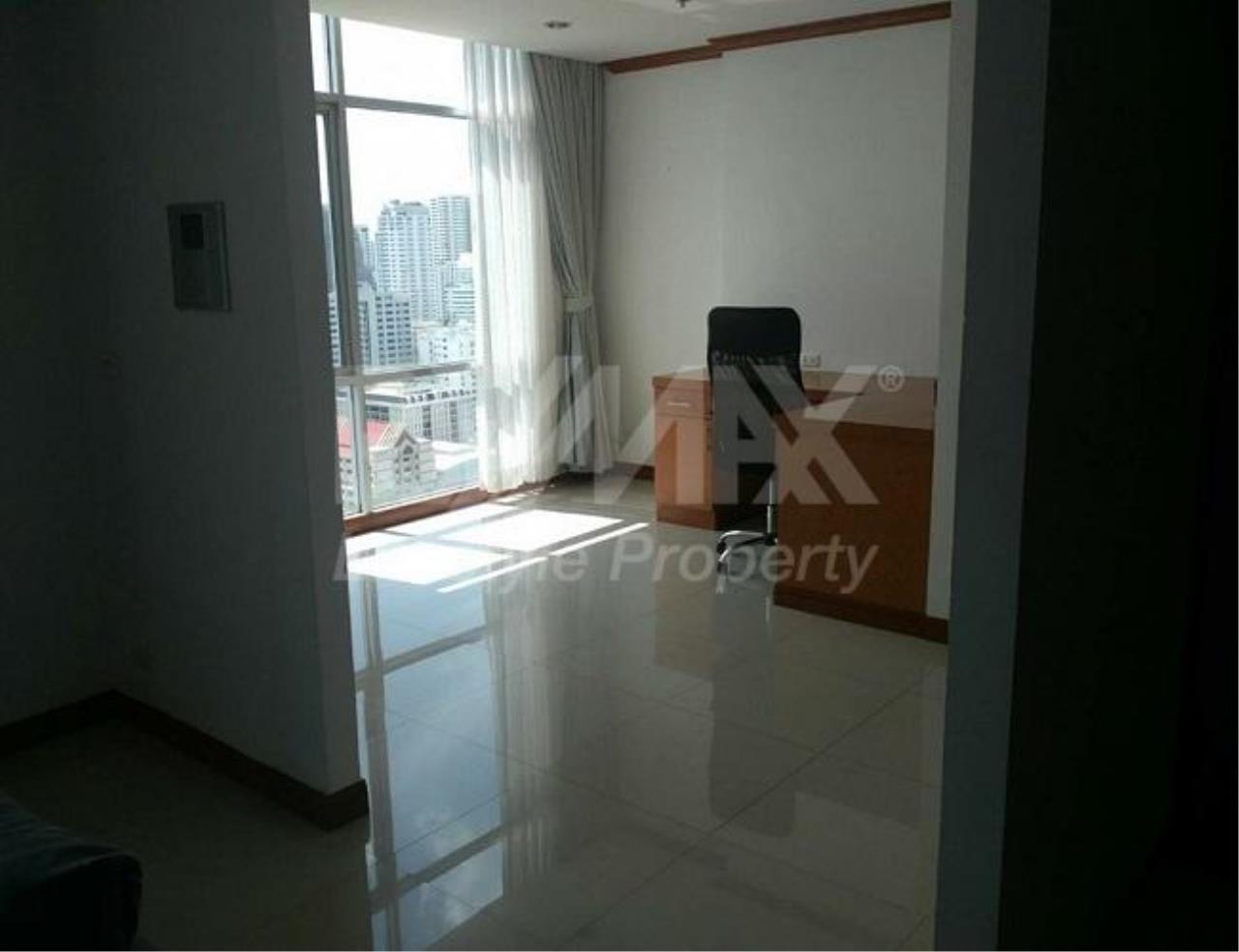 RE/MAX LifeStyle Property Agency's The Master Centrium Asoke-Sukhumvit 5