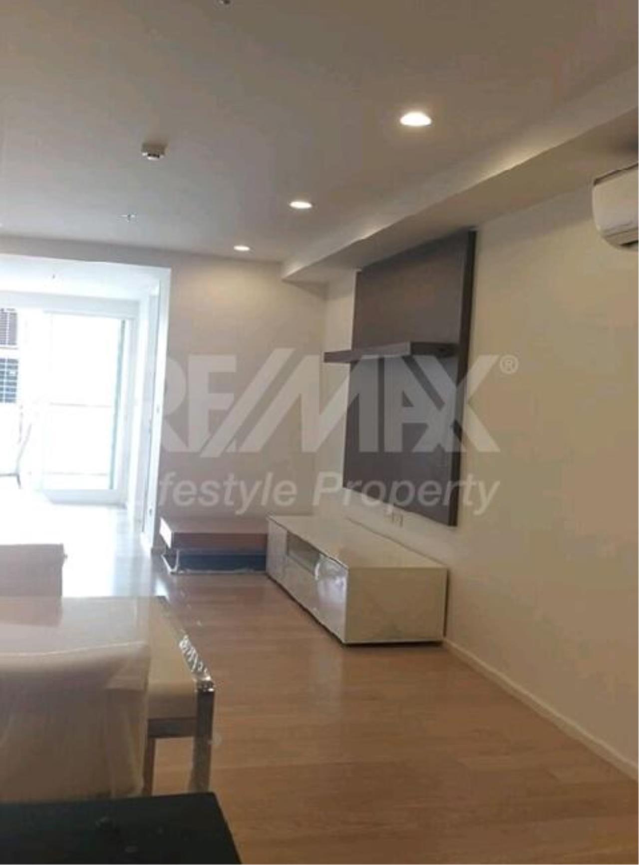 RE/MAX LifeStyle Property Agency's 15 Sukhumvit Residences 4