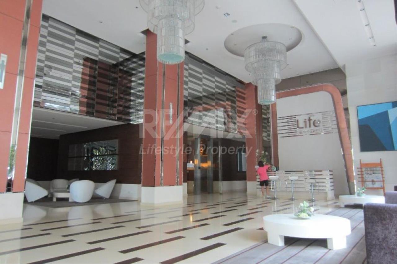 RE/MAX LifeStyle Property Agency's Life @ Sukhumvit 2