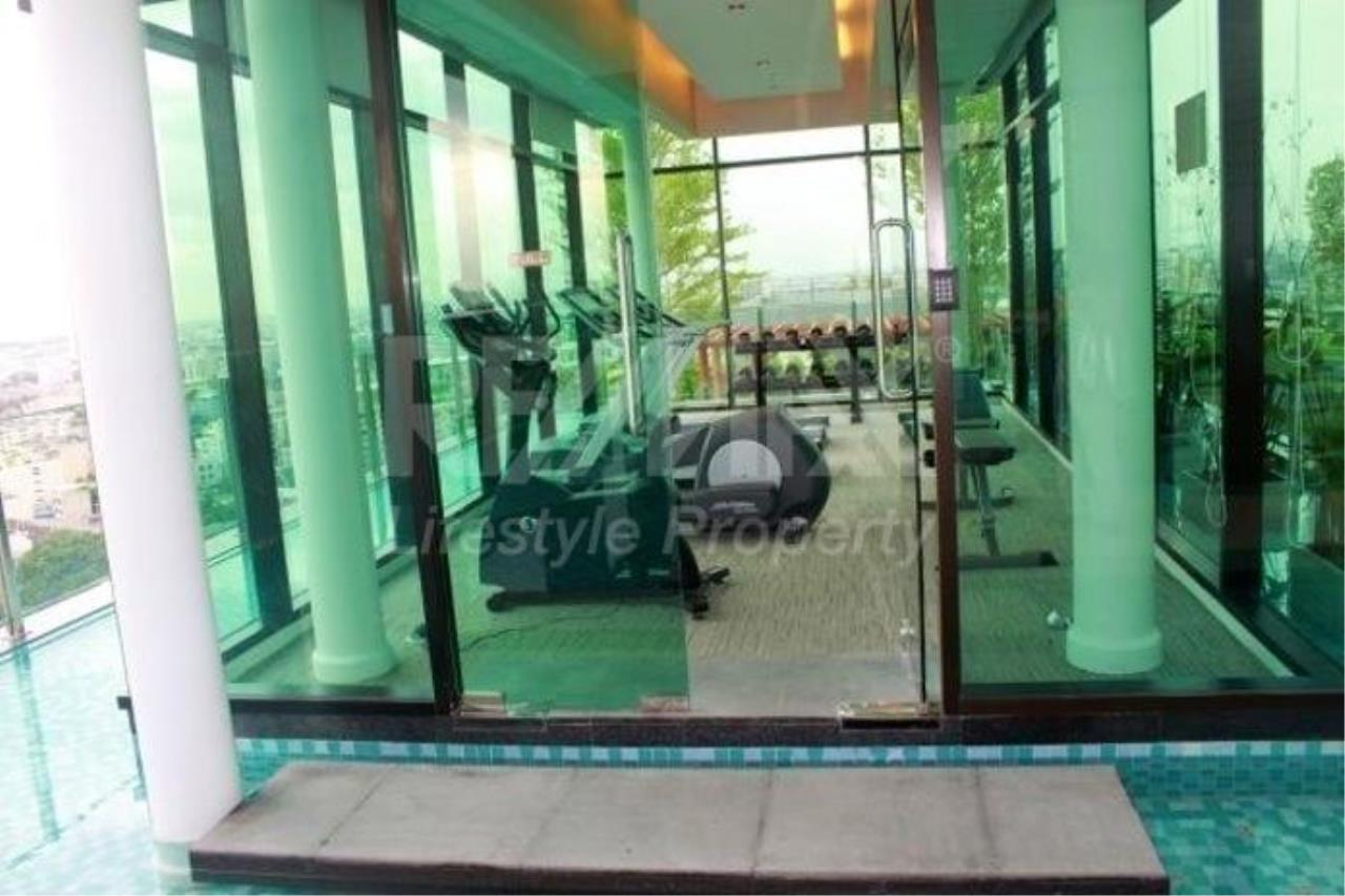 RE/MAX LifeStyle Property Agency's Nusasiri Grand 14