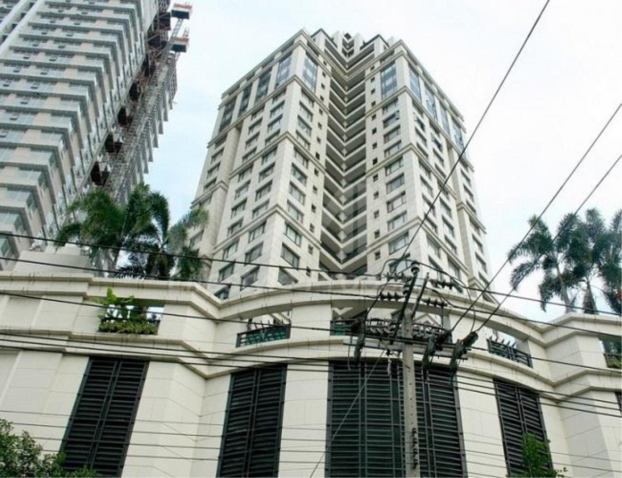 RE/MAX LifeStyle Property Agency's Baan Piya Sathorn 1