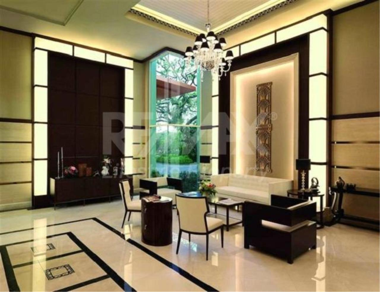 RE/MAX LifeStyle Property Agency's The Address Chidlom 3