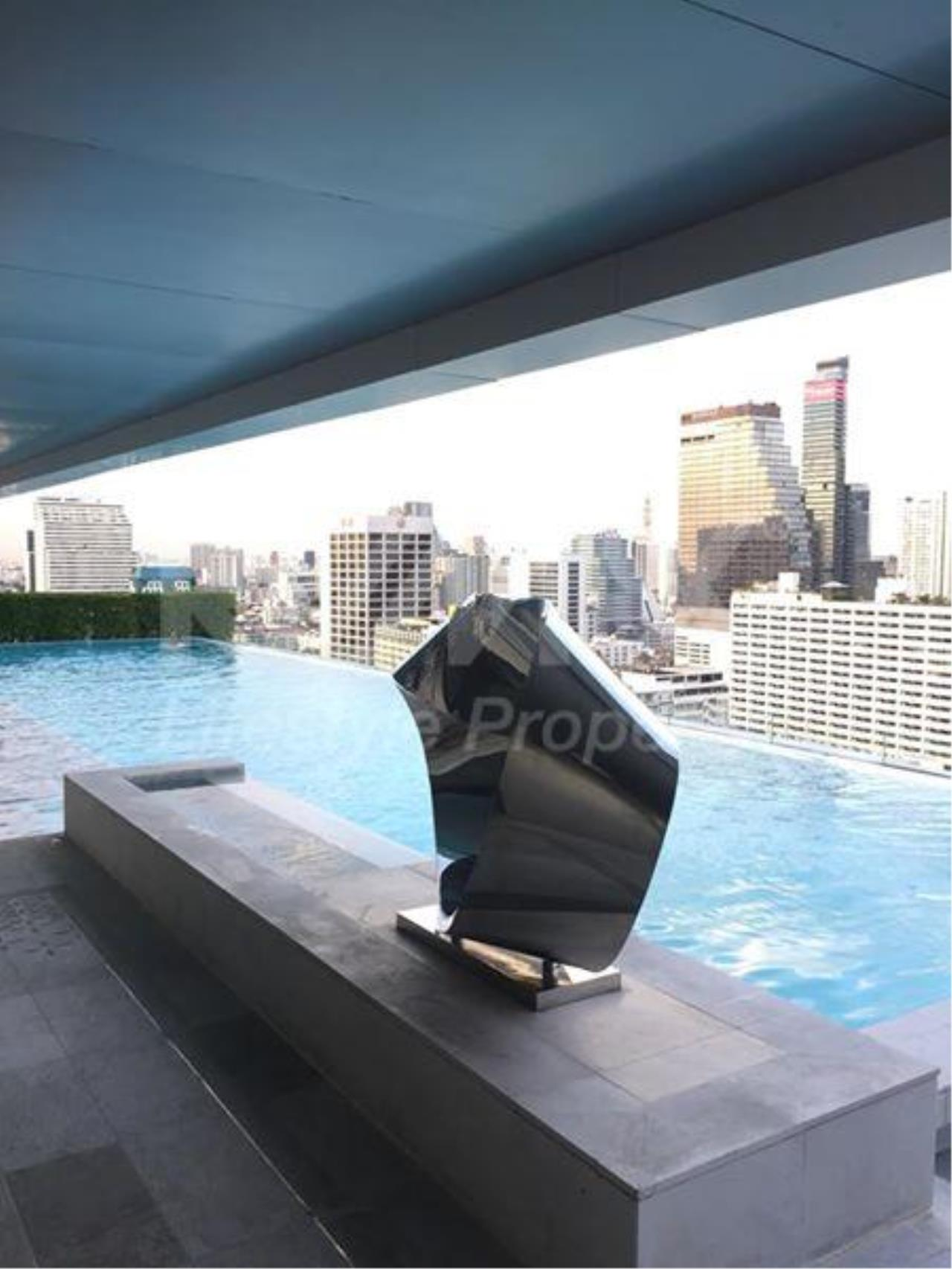 RE/MAX LifeStyle Property Agency's The room Sathorn-TanonPun 12