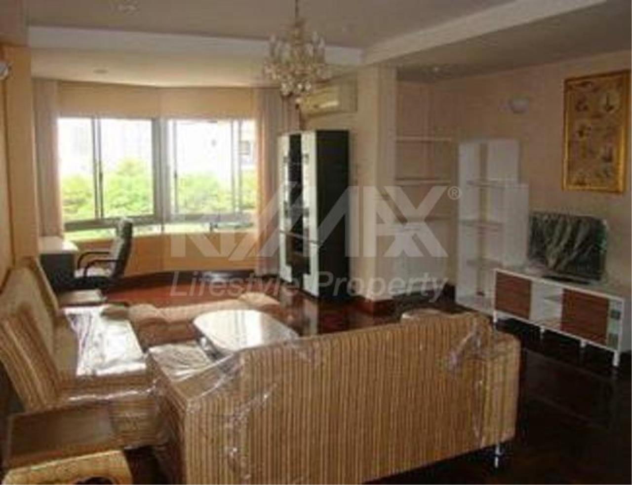 RE/MAX LifeStyle Property Agency's L.T. Court Apartment 9