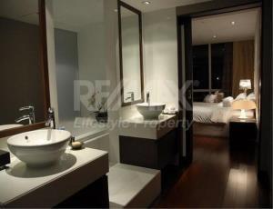 RE/MAX LifeStyle Property Agency's Le Raffine Jambunuda Sukhumvit 31 2
