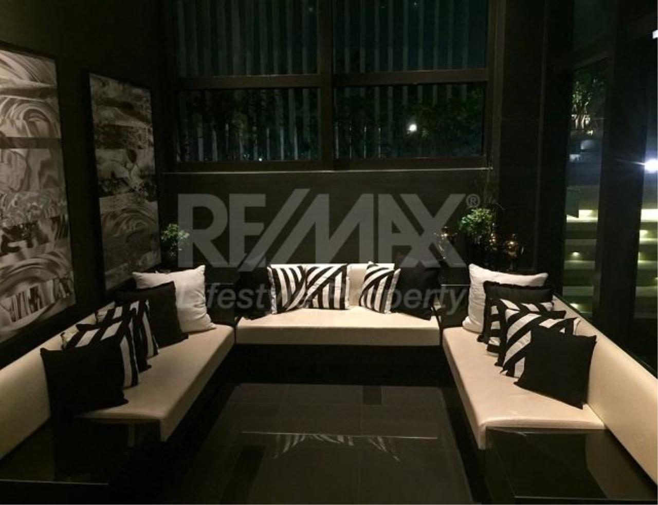 RE/MAX LifeStyle Property Agency's Rhythm Sukhumvit 44/1 5