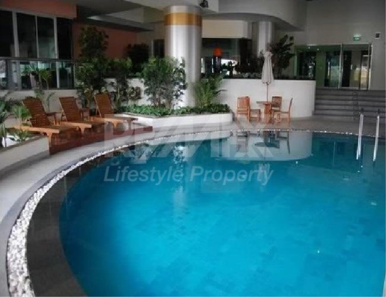 RE/MAX LifeStyle Property Agency's Silom Grand Terrace 4