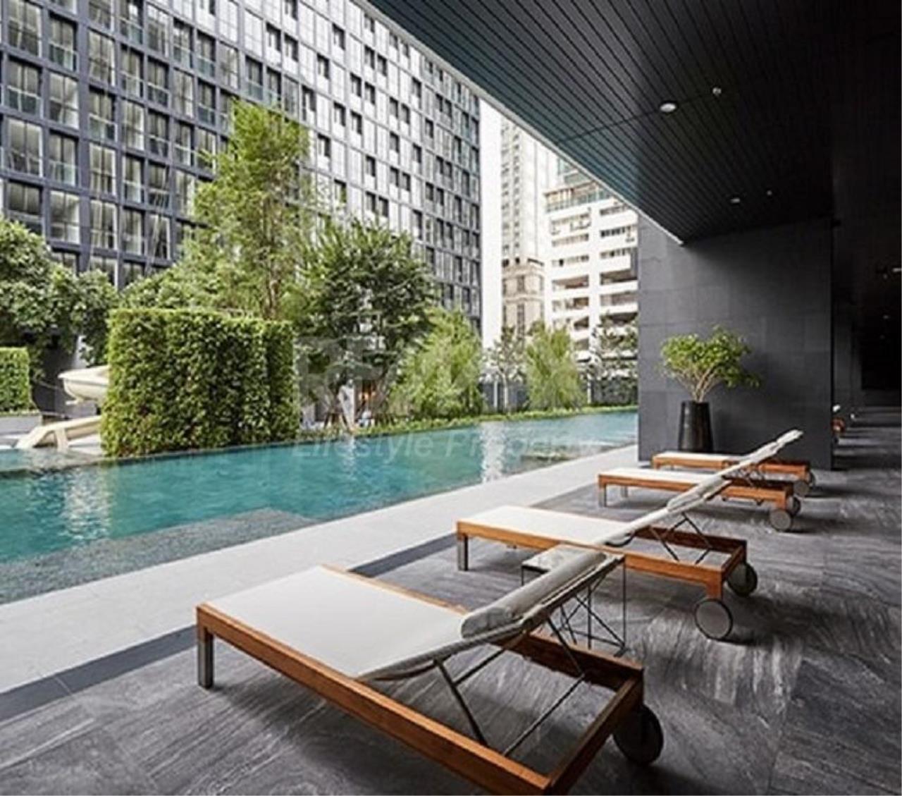 RE/MAX LifeStyle Property Agency's Noble Ploenchit 3