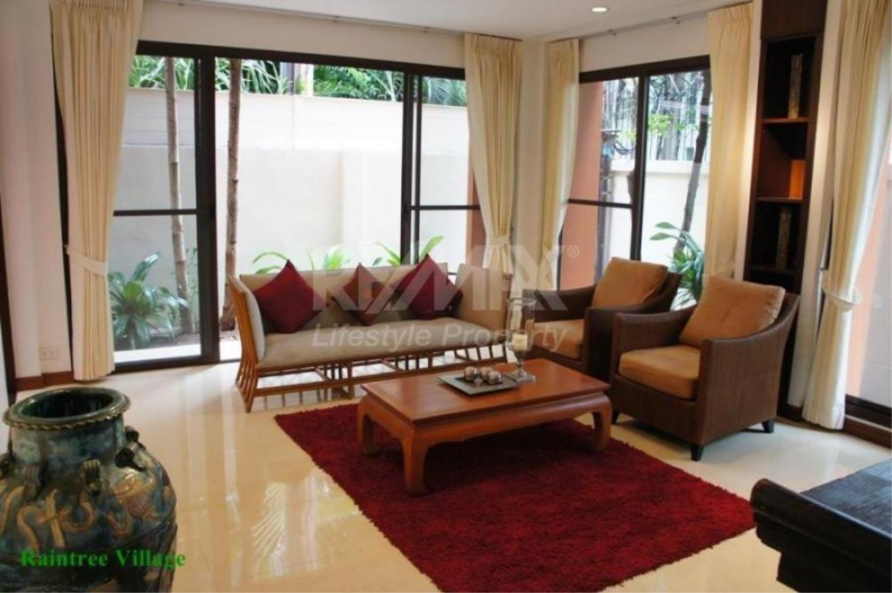 RE/MAX LifeStyle Property Agency's Sukhumvit Villa 20