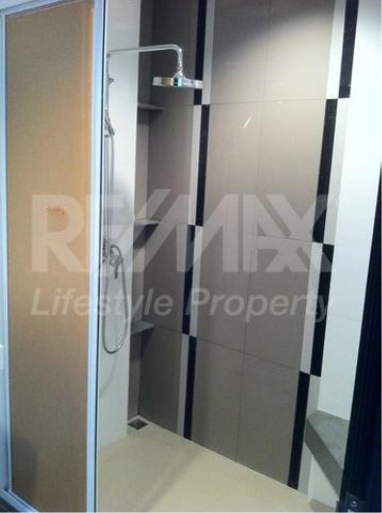 RE/MAX LifeStyle Property Agency's Rhythm Ratchada 3