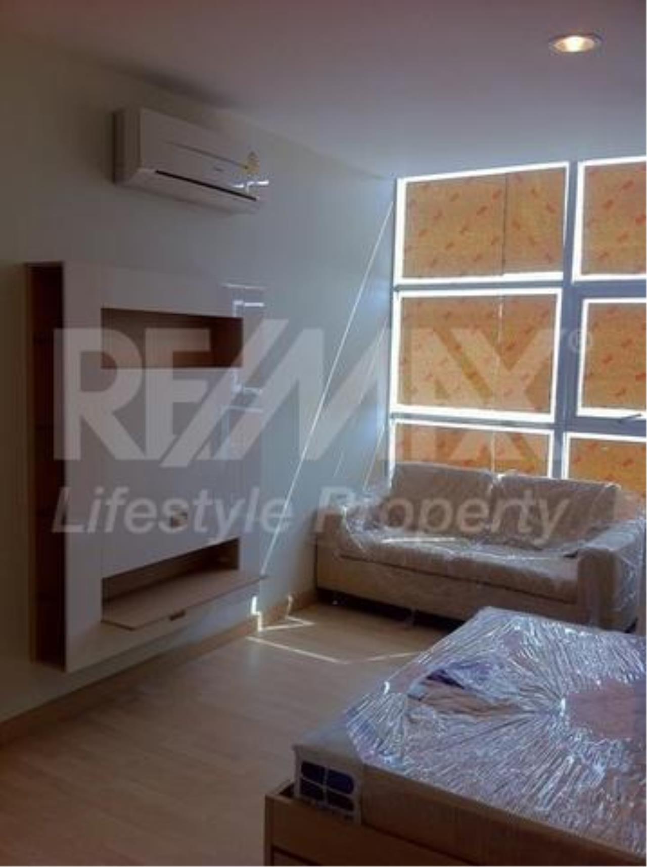 RE/MAX LifeStyle Property Agency's Rhythm Ratchada 8