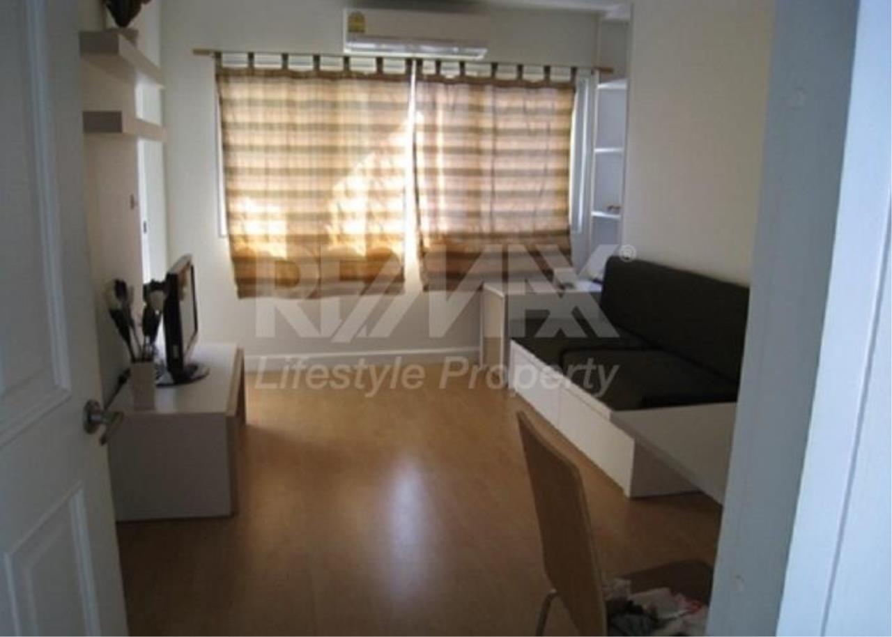 RE/MAX LifeStyle Property Agency's My Condo Sukhumvit 52 3