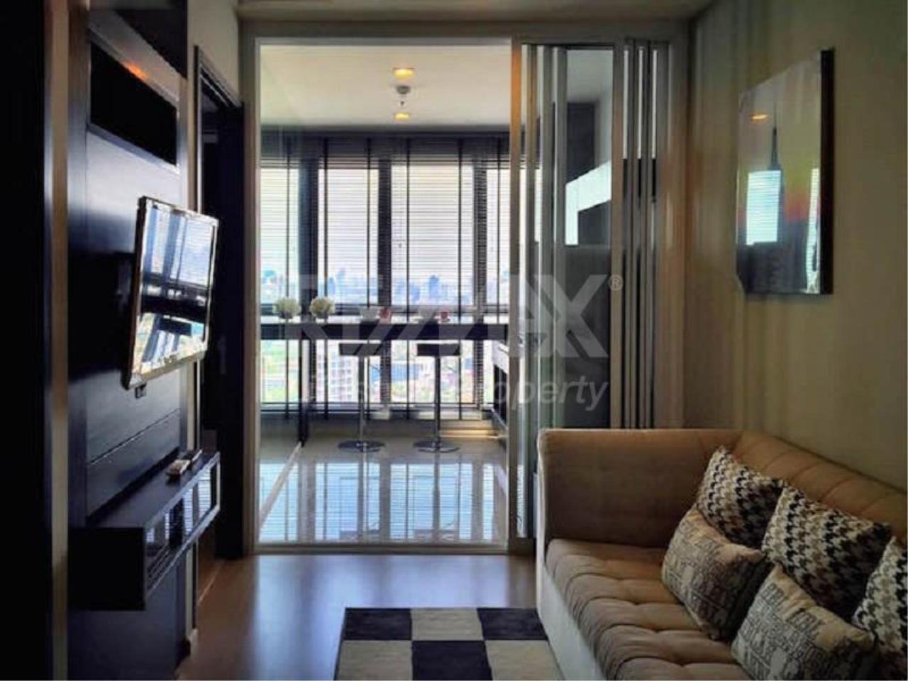 RE/MAX LifeStyle Property Agency's Rhythm Sukhumvit 44/1 17