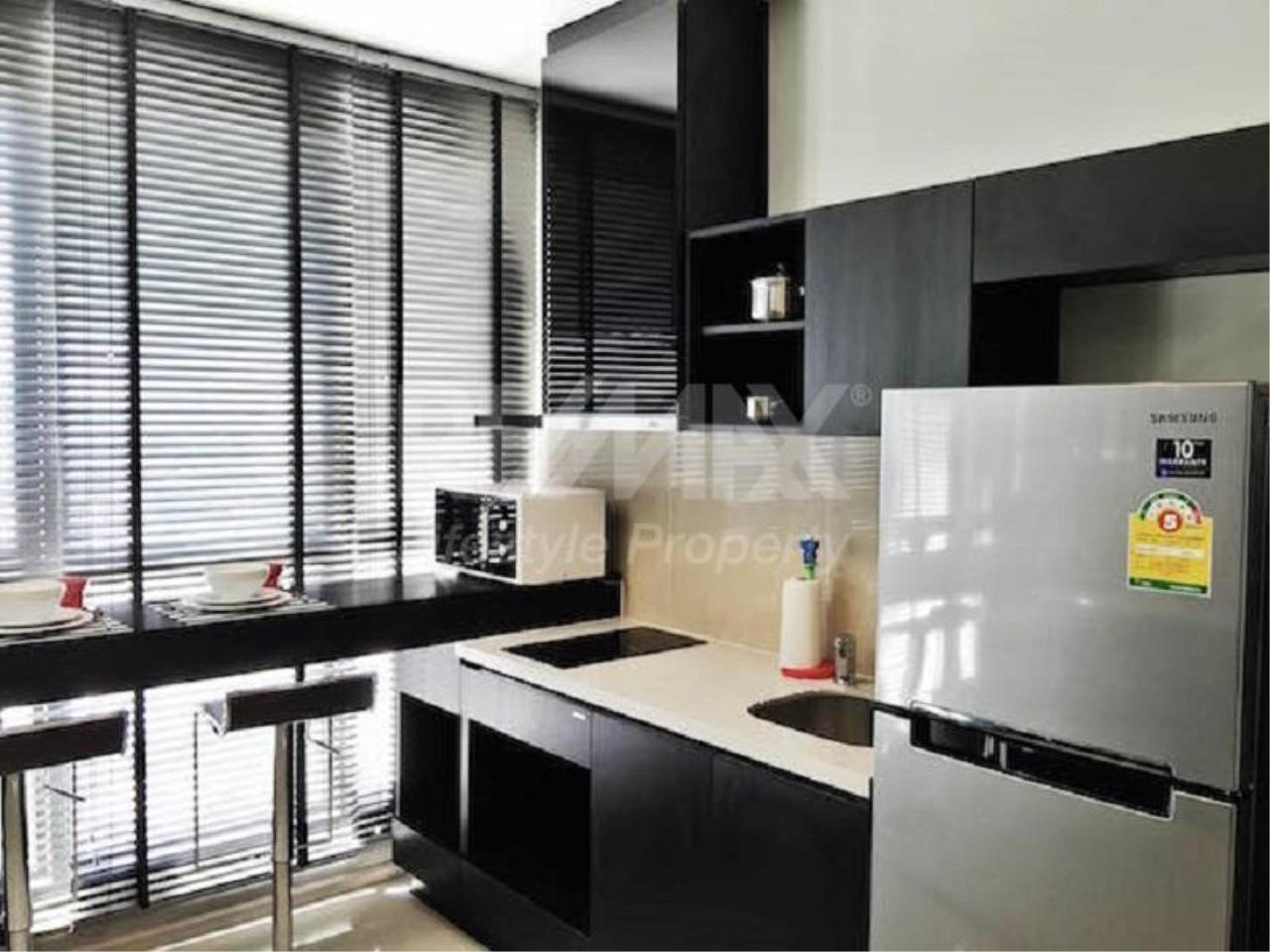 RE/MAX LifeStyle Property Agency's Rhythm Sukhumvit 44/1 4
