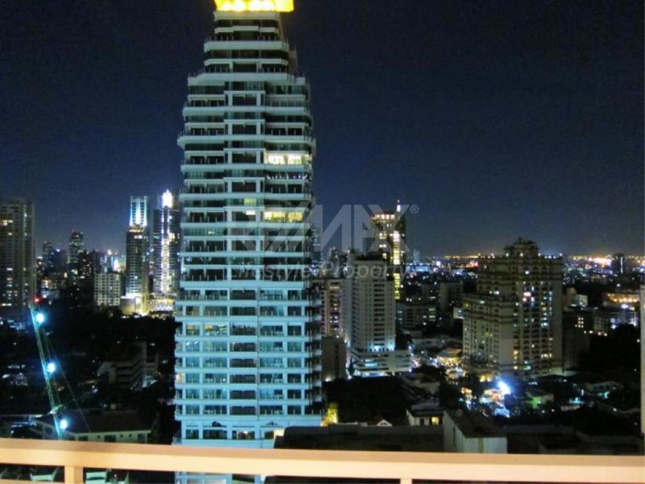 RE/MAX LifeStyle Property Agency's 39 by Sansiri 7