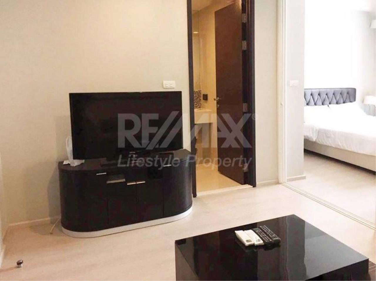 RE/MAX LifeStyle Property Agency's Rhythm Sukhumvit 44/1 4