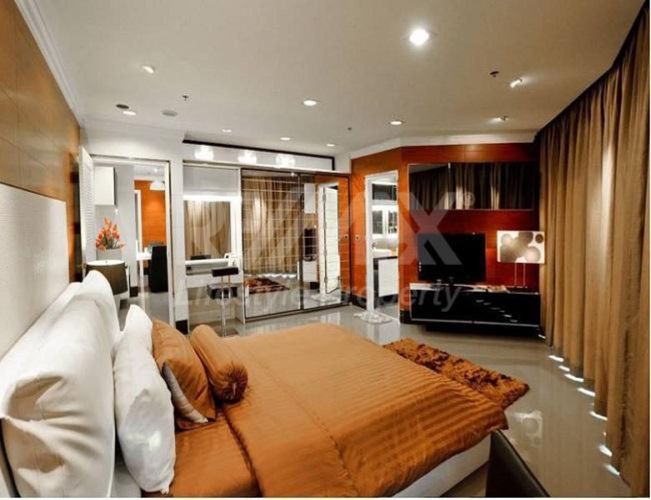 RE/MAX LifeStyle Property Agency's The Master Centrium Asoke-Sukhumvit 3