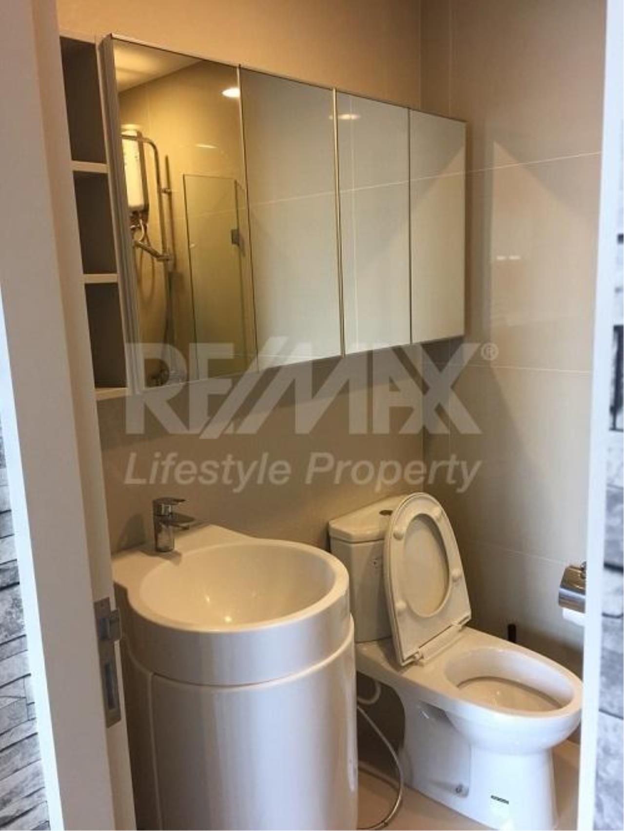 RE/MAX LifeStyle Property Agency's Rhythm Asoke 2 7